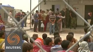 Iraqi army screening for IS as refugees flee Falluja