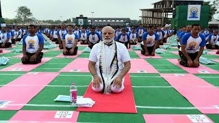 Int'l Yoga Day: Yoga should be used to control Diabetes: PM Modi