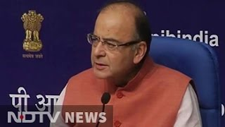 BJP's Swamy targets Arvind Subramanian, Finance Minister stands by his man