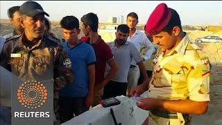 Civilians escape Islamic State militants near Falluja