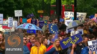 Londoners march against Brexit vote