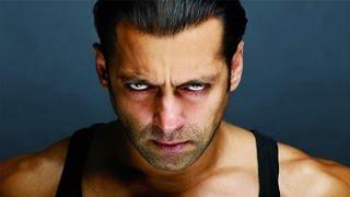 Salman Khan gives deadly looks to media