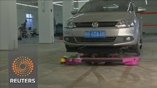 A Chinese robot to solve city parking misery