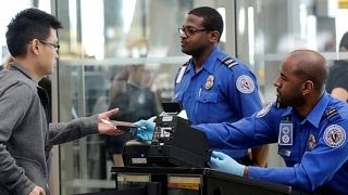 Philly airport workers set to strike before DNC