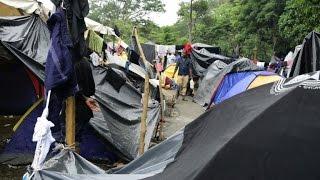 Migrant bottleneck forms in Costa Rica in bid to reach US