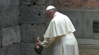 Pope Francis meets Holocaust survivors at Auschwitz
