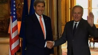 Kerry Meets with French PM, Won't Talk Trump