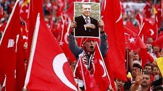 Germany: Turkish community hold huge pro-Erdogan rally