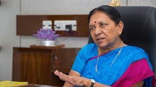 Anandiben Patel Resignation : Who Will Succeed Anandiben In Gujarat?