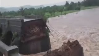 Breaking Mumbai Goa Highway collapses 2 buses swept away!