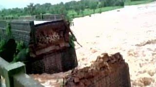 Bridge COLLAPSES on Mumbai-Goa Highway - 22 People & 2 Buses Missing
