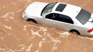Raw: AZ Flash Floods Close Roads, Strand Drivers