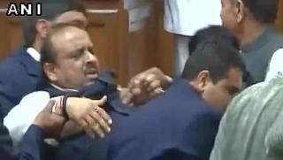BJP MLA Vijender Gupta marshalled out of Delhi Assembly