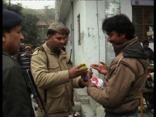 यमुना के पानी में अमोनिया की मात्रा बढ़ने से लोग हुए परेशान (Delhi)