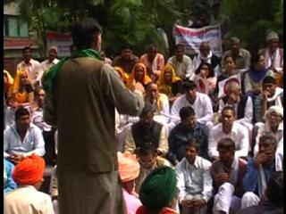 दिल्ली : 'स्वराज अभियान' ने किसान संसद का किया आयोजन