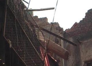 दिल्ली में पुरानी इमारत ढही, 1 की मौत, 3 घायल