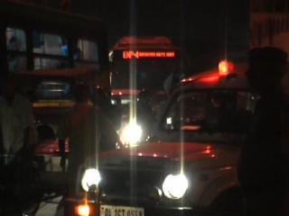 दिल्ली : नोएडा में हत्या का गुस्सा तुर्कमान गेट पर फूटा