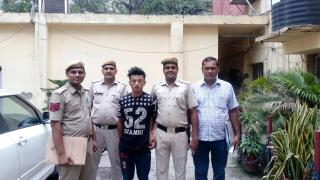 इस चोर ने भगवान को भी नहीं बख्शा, वारदात CCTV में कैद
