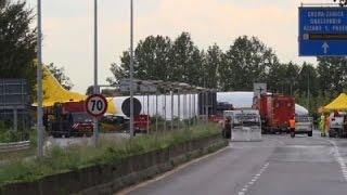 Raw: Cargo Plane Overshoots Italian Airport