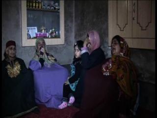 त्राल में बंदूकधारियों का आतंक, महिला तो उतारा मौत के घाट