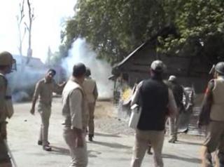हंदवाड़ा के बाद गांदरबल पहुंची विरोध की आग
