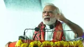 PM Modi says attack-me, not-dalits. shoot me not dalits.