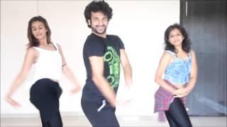 Aa jaane jaa (Bollywood Dance For Beginners) by Devesh Mirchandani