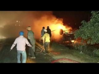 कैंटर में लगी आग, ड्राईवर की समझदारी से टला बड़ा हादसा