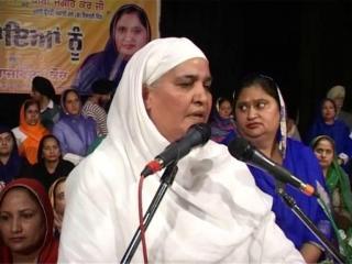 पत्नियों को पीटने वाले 'आप' नेता क्या करेंगे औरत का सम्मान- जागीर कौर
