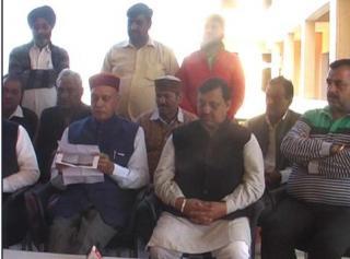 NDA Sarkar Ke Khilaf Dushprachar Kar Rahe Congressy: Dhumal