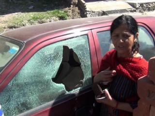 सड़क किनारे खड़े 11 वाहनों के शीशे तोड़ चोरी का प्रयास