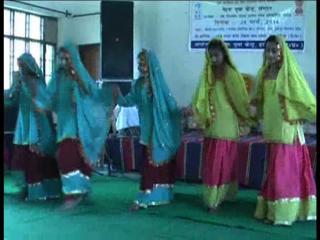 नेहरू युवा केन्द्र ने किया जिला स्तरीय सांस्कृतिक समारोह का आयोजन