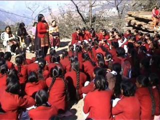 किस काम के करोड़ों, 10वीं के नतीजों में सरकारी स्कूल फिसड्डी