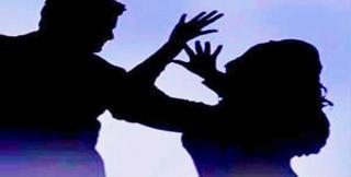 महिलाओं के खिलाफ बढ़ रही हिंसा, अलग बजट की मांग