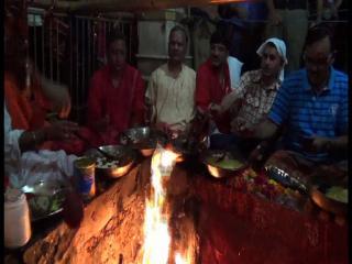 गुप्त नवरात्रों का आखिरी दिन, ज्वालामुखी में भक्तों की पूजा