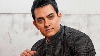Amir Khan is free to leave country, says Ashok Pandit and Actor Raza Murad supports Aamir?s despondency statement