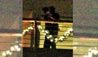 How romantic! रणबीर-कटरीना की किस करते की फोटो वायरल
