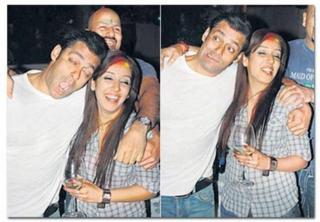 Shocking :Yeh Tasviren Batati Hai Asal Mein Kya Hota Hai Celebrities Ki Night Parties Mein