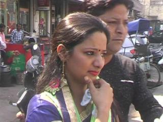 दिल्ली में बेखौफ अपराधी, दिनदहाड़े छीन रहे हैं महिलाओं का 'चैन'