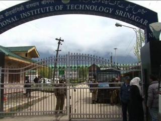 श्रीनगर NIT पहुंचे निर्मल सिंह, छात्रों से की बातचीत
