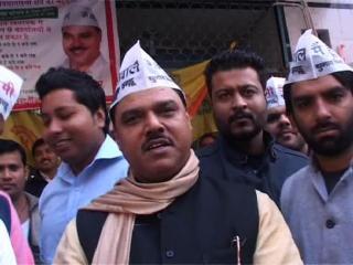दिल्ली, बवाना थाना पुलिस, पुलिस बैरिकेड, पीड़ित MCD कर्मी, हालत, गंभीर, बवाना थाना पुलिस