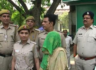 लूट और चोरी की घटना को अंजाम देने वाली महिला गिरफ्तार