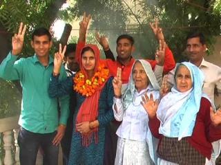 112 साल की नौराजी देवी, 21 साल की रुपम ने जीता चुनाव, विकास के हैं सपने