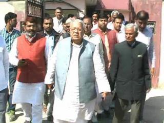 BJP के गले की फांस बना JNU कांड, चारो तरफ से घिरी BJP