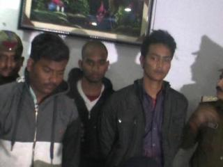 एटीएम काटकर चोरी का प्रयास कर रहे तीन छात्र गिरफ्तार