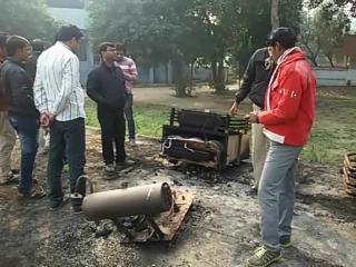 चोरी में नाकाम चोरों ने ट्रांसफॉर्मर को किया आग के हवाले, लाखों का नुकसान