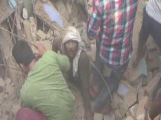 बीजेपी के पूर्व पार्षद के मकान का लैंटर गिरने से हुआ हादसा