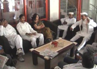 कांग्रेस कार्यकर्ताओं की मांग, प्रियंका गांधी आएं राजनीति में