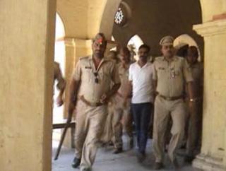 महेश मिश्रा को 14 दिन की न्यायिक हिरासत पर भेजा गया जेल