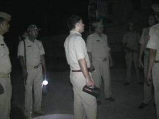 मुठभेड़ के दौरान पुलिस ने किया 3 बदमाशों को गिरफ्तार